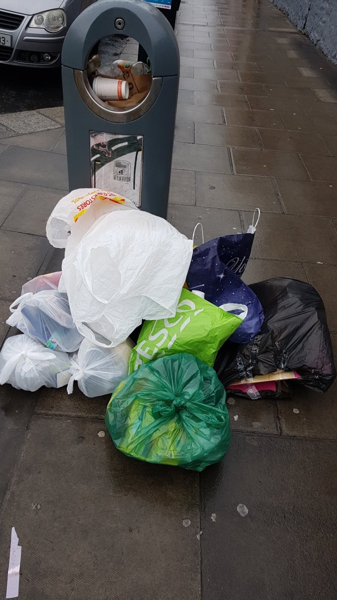 "Submitter:""Antisocial ppl..dumping daily"" -> Pearse St, D2. Dec 19 2017"